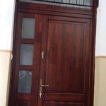 társasházi fa bejárati ajtó csere